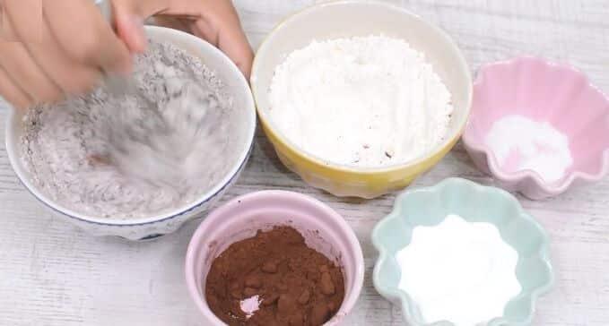 Mug cake de nutella paso 2