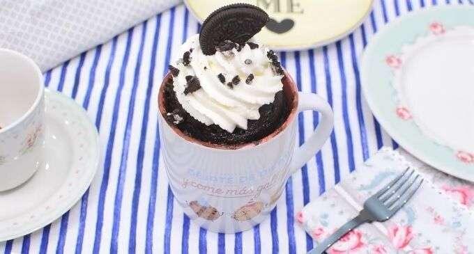 mug cake oreo o bizcocho en taza al microondas